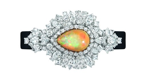 majestueuse-opal-high-jewellery-timepiece-1