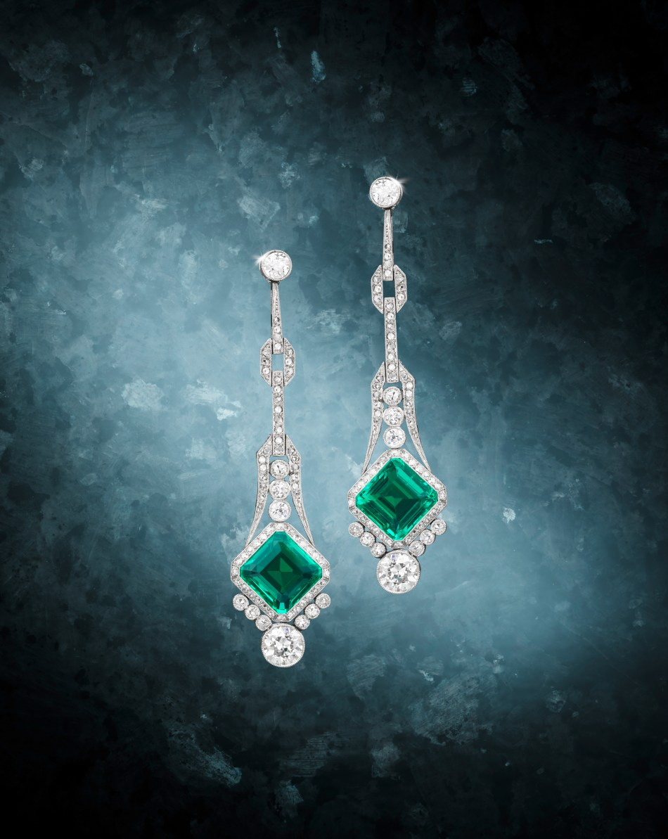 Bonhams An Early 20th Century pair of Emerald and Diamond Pendent earrings