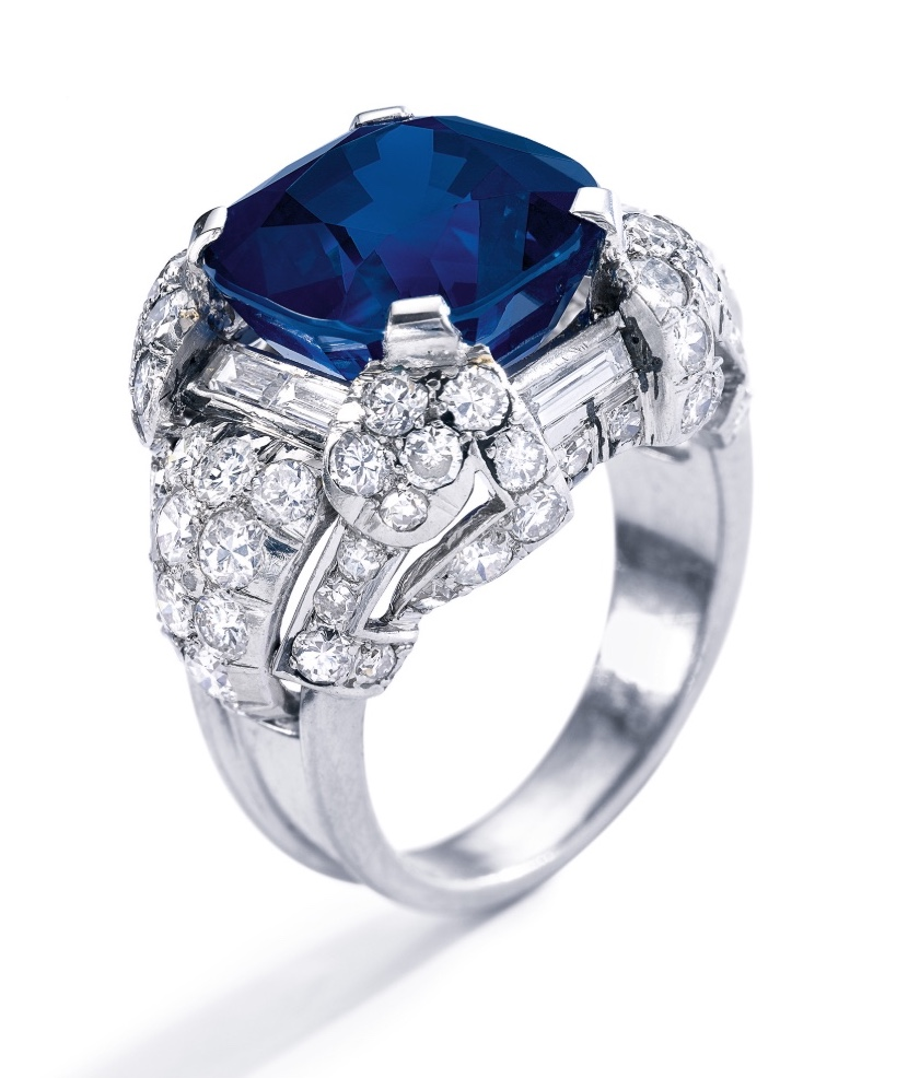 Superb sapphire and diamond ring, 1930s