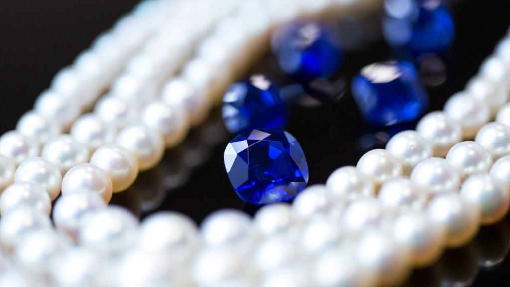 GemGeneve - Kashmir Sapphires & Pearls