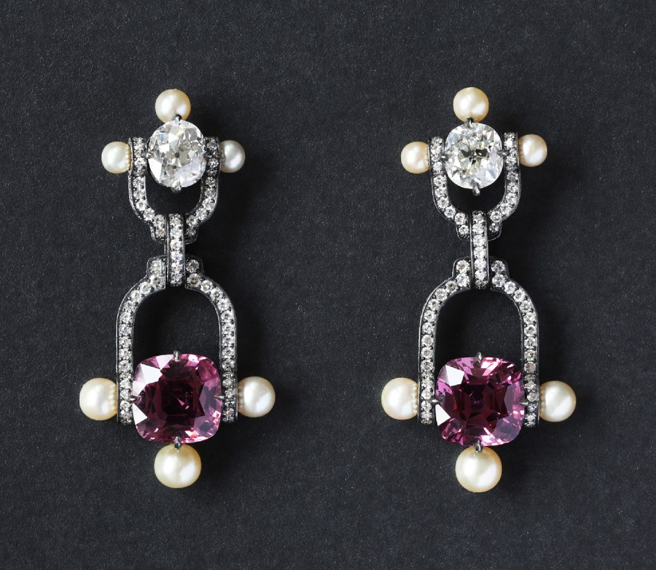 Nadia Morgenthaler - Spinel Diamonds & Natural Pearls