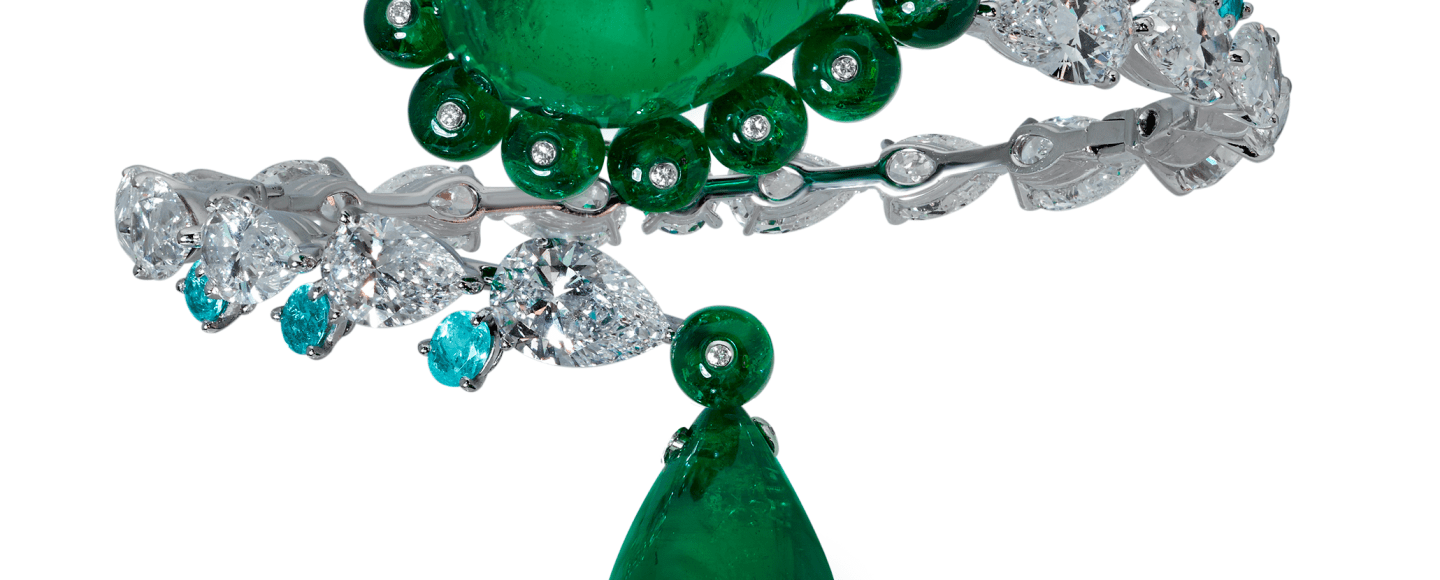 Moussaieff Bangle with 28.37ct emerald, 23.21ct emerald, 19.76cts of emerald beads, 1ct of Paraiba Tourmaline and 17.88cts of diamonds.