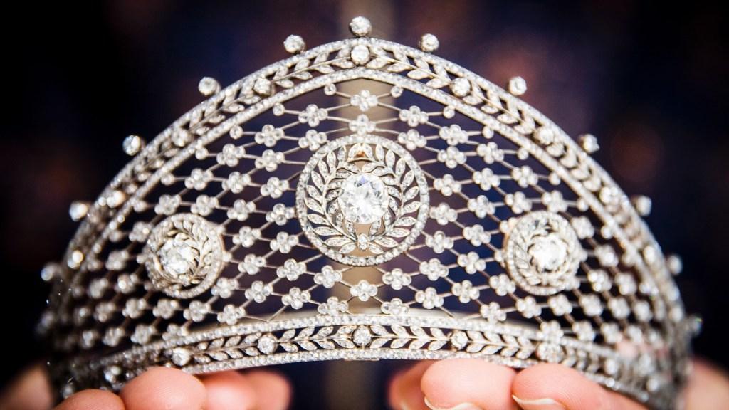 钻石头饰,约于1903年归因于Fabergé