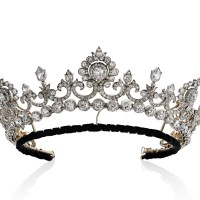 Anglesey tiara TEFAF-is