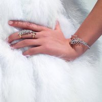 Chanel: '၁၉၃၂ ၏အိုင်ကွန်များ'