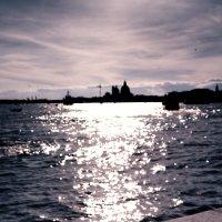 Escale မှ Venise - Chanel