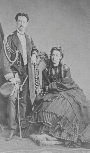 Принцесса Мария Виттория с принцем Амедео Савойским.
