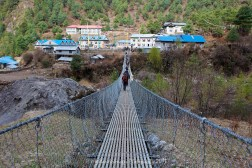 Suspension bridge crossing between Phakding and Monjo