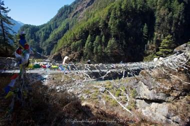 The high suspension bridge between Jorsalle and Namche Bazaar.