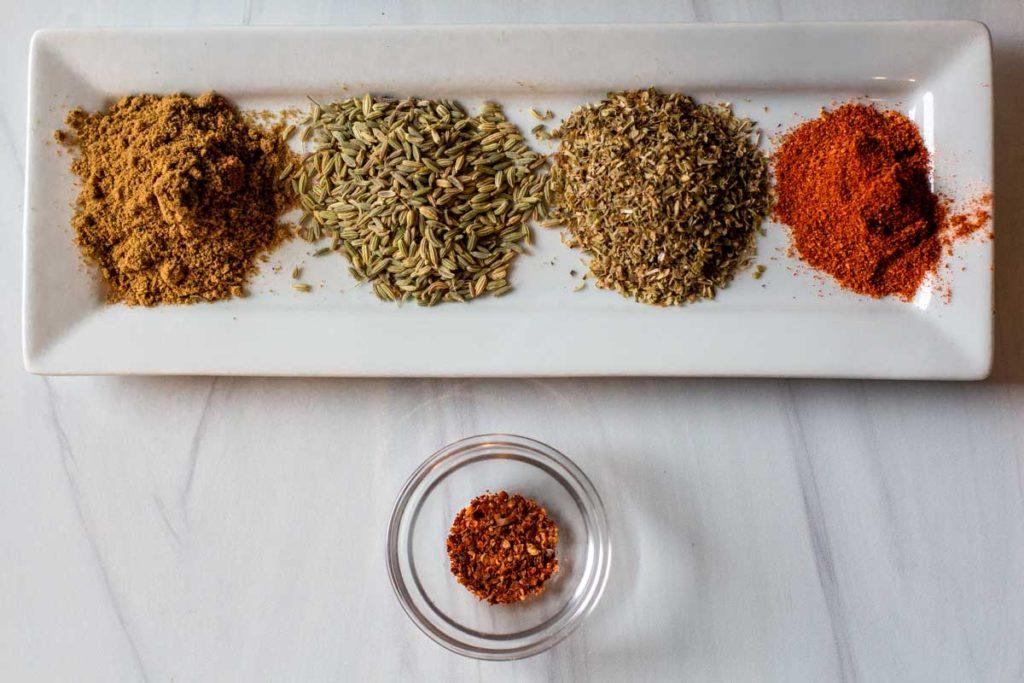 spices to make Italian white bean chicken chili