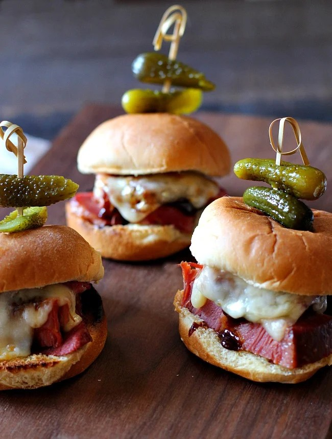 Instant Pot Glazed corned beef sliders