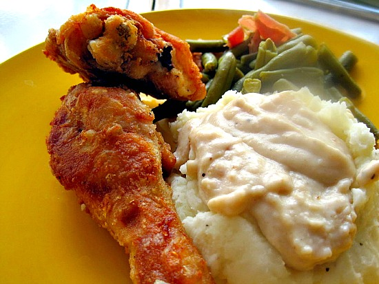 A step by step to make Kansas Pan Fried Chicken, Mashed Potatoes and Gravy.
