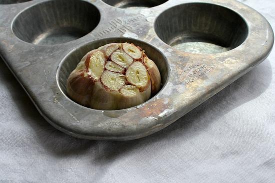 Easy how to roast garlic instructions.