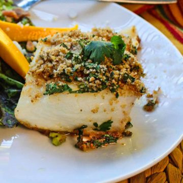 Halibut fillet topped with a cilantro bread crumb mixture