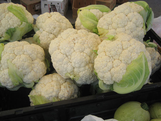 heads of cauliflower at Colorado Farmer's Market