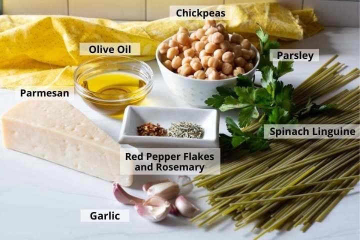 Ingredients to make spinach linguine pasta with garbanzo beans