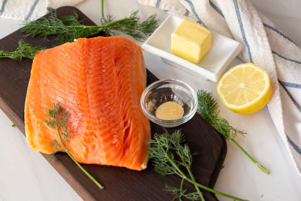 Ingredients to make simple grilled salmon