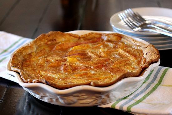 Peaches and Cream Pie. Fresh peaches, cream and vanilla team up to bring us a great fresh peach pie.