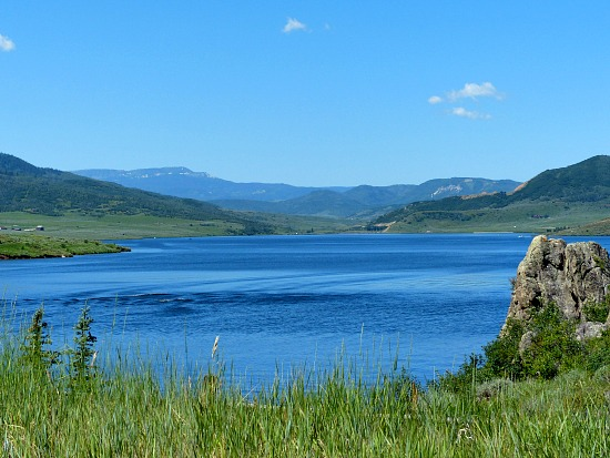 stagecoach-lake-steamboat-springs-colorado