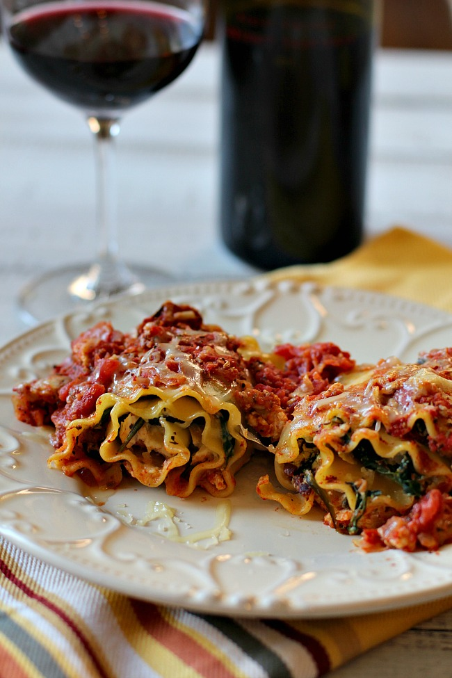 Chicken spinach lasagna rolls with washington state red wine pairing