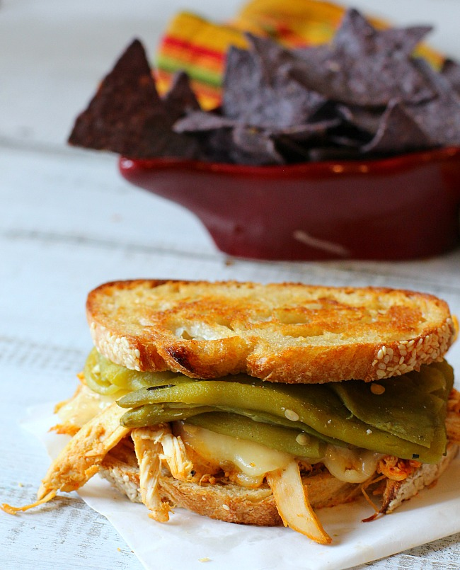 Pueblo Chile Chicken Sandwich with blue corn tortilla chips