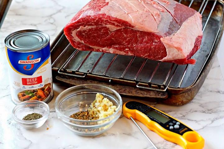 Ingredients used to make a boneless prime rib roast