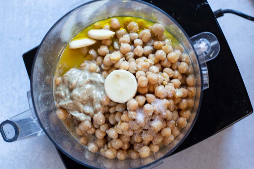 How to make hummus in the food processor using dried chickpeas