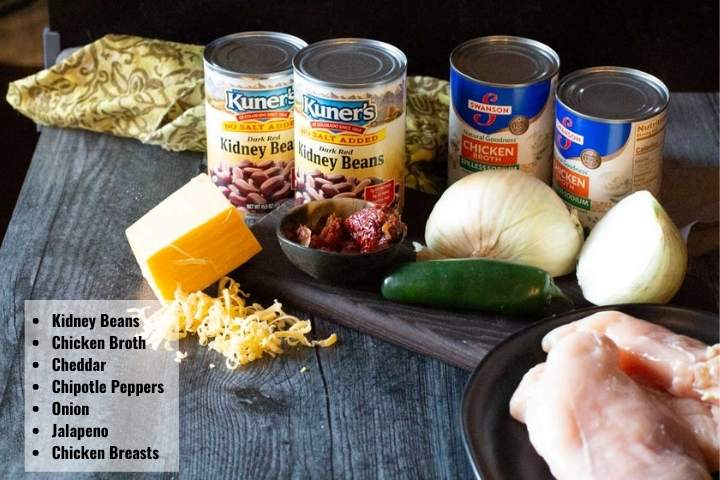 Ingredients to make chicken and kidney bean soup.