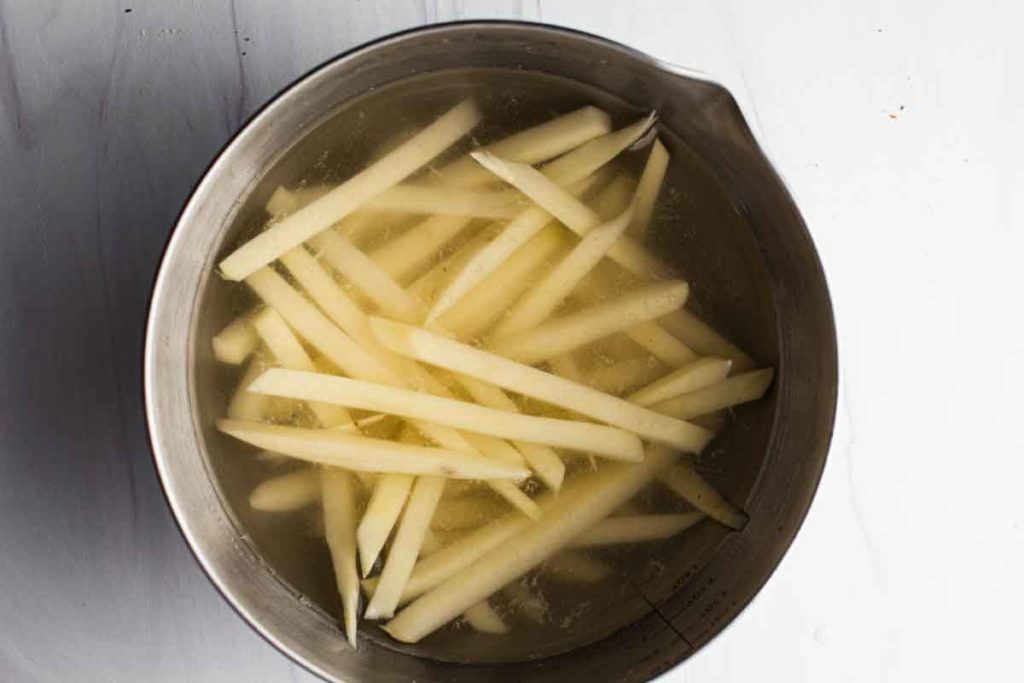soaking french fries in water