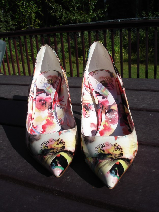 #shoeslove Floral pumps