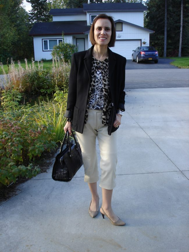 stylist in capri, cardigan and blazer in autumn