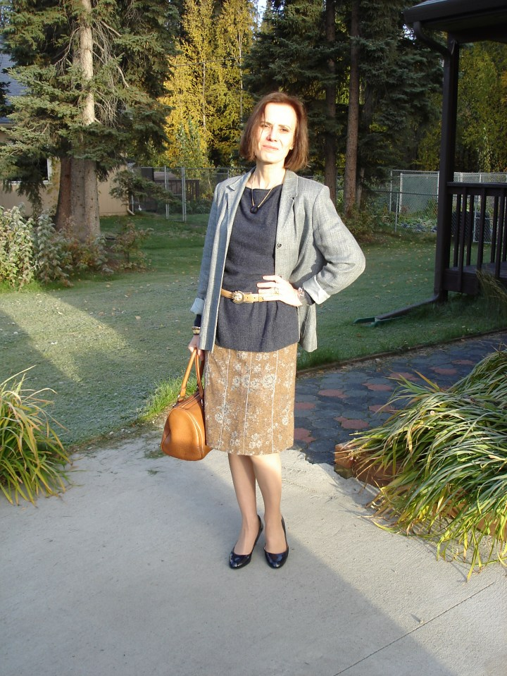 #midlifefashion mature woman in tweed skirt with blazer as unmatched suit for work