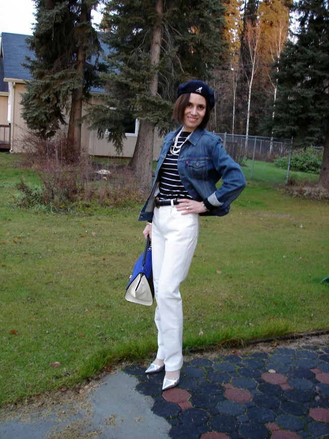 #styleover40 Casual nautical outfit for mature women @ http://www.highlatitudestyle.com