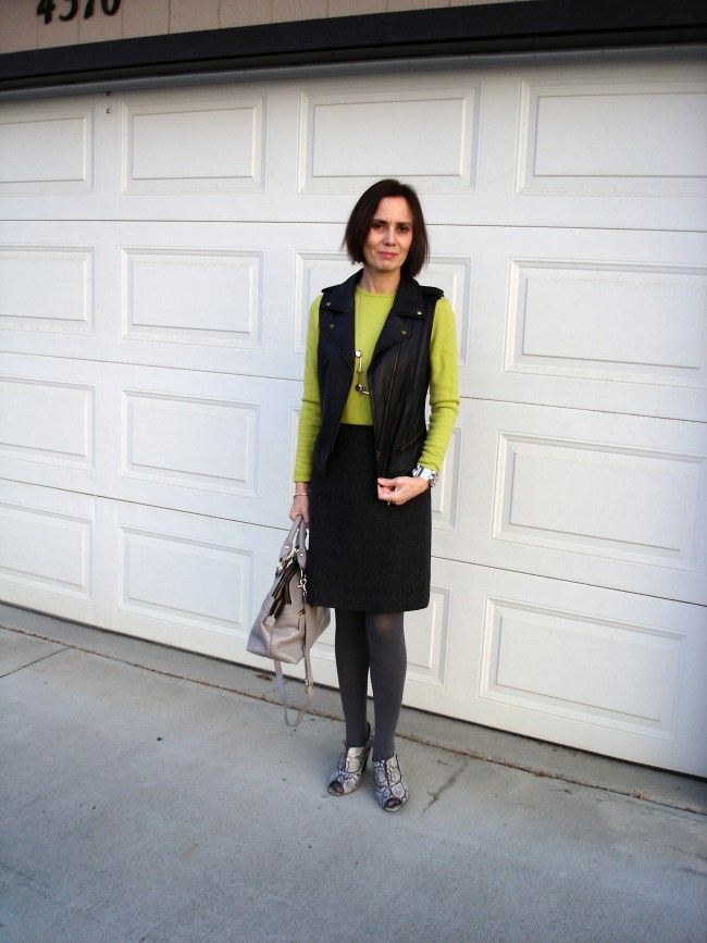 #over40 Casual office look | High Latitude Style |http://www.highlatitudestyle.com