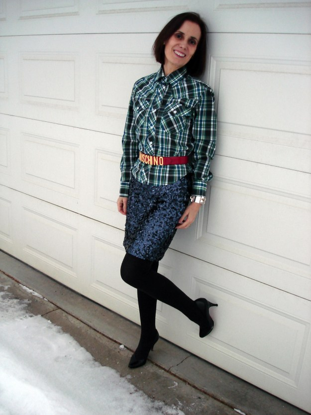 blogger in plaid shirt sequin skirt look