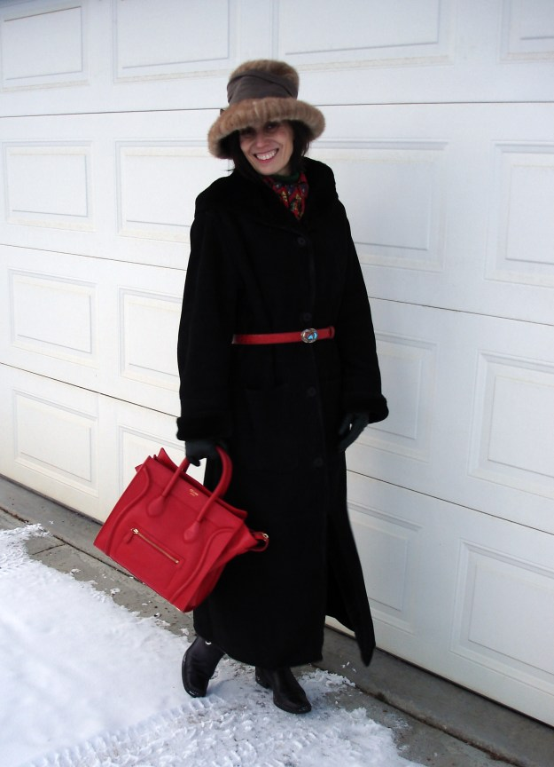 #styleover40 woman wearing a classic winter outfit