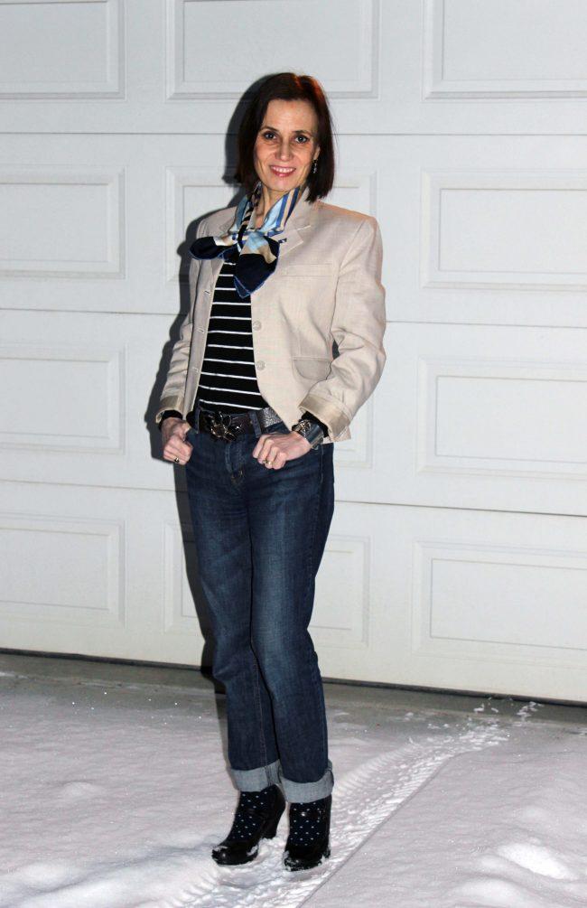 Alaskan stylist in blazer, boyfriend, sweater look