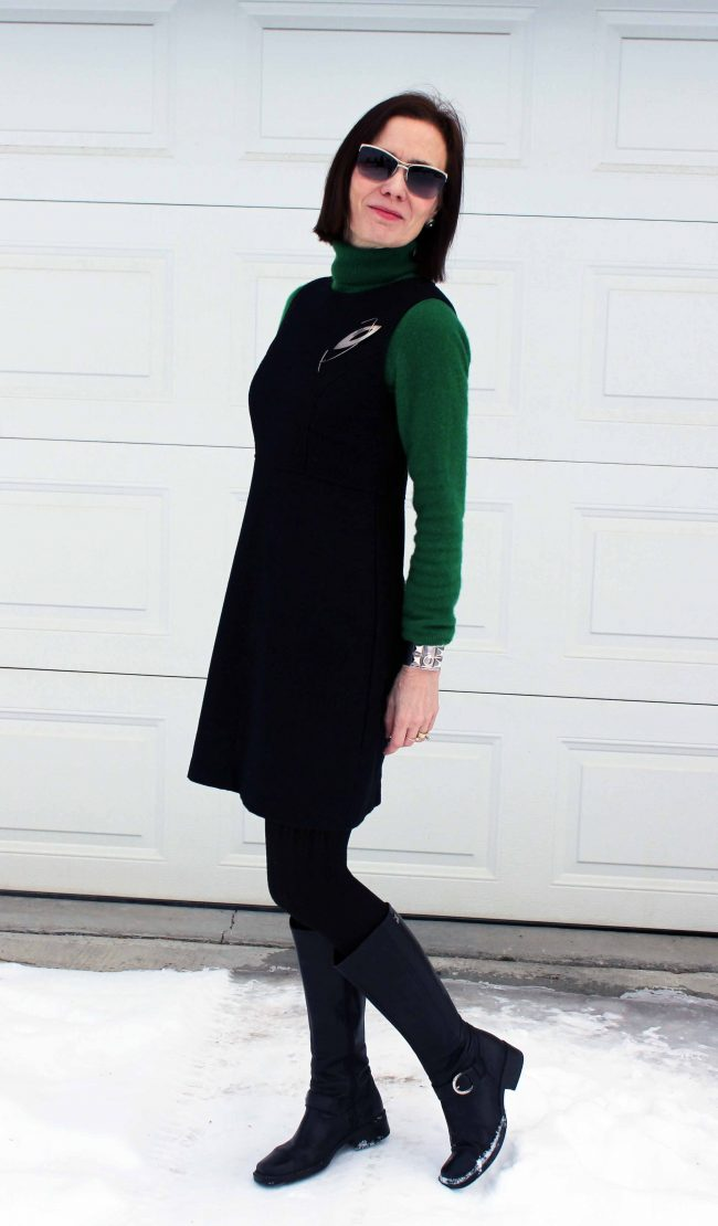 over 50 years old woman in LBD, clover turtleneck