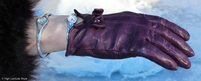 leather glove with cute bow
