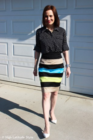 #styleover40 woman in striped and polka dots work outfit