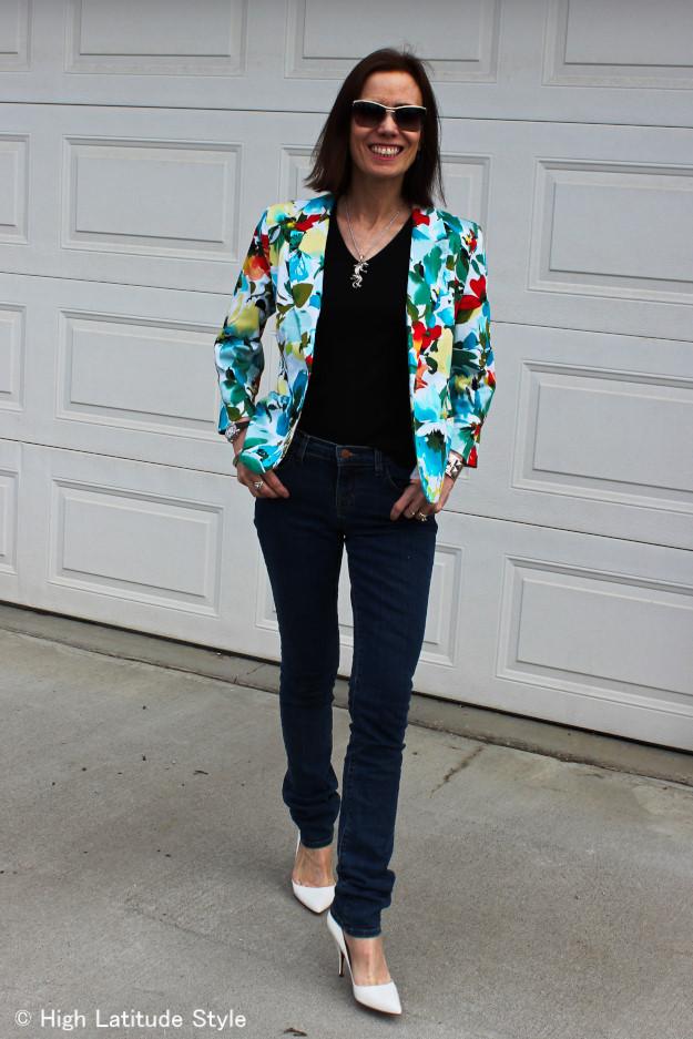 #floralBlazer #JBrand #streetstyle http://www.highlatitudestyle.com