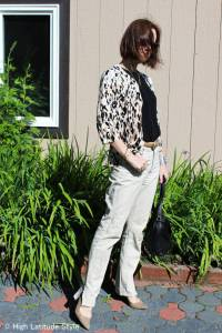 #over40 Mature woman in casual, stylish outfit |High Latitude Style | http://www.highlatitudestyle.com