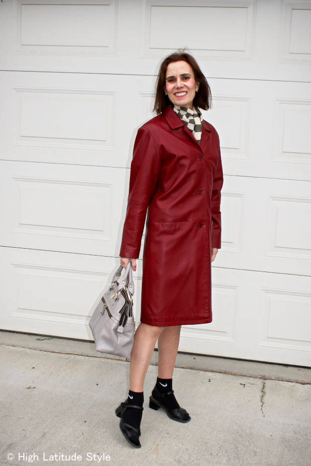 #Normcore #fashionover40 mature woman wearing a normcore outfit with a leather coat
