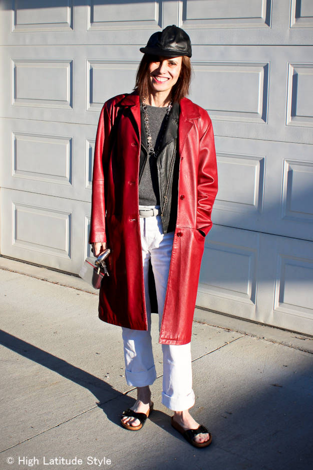#streetstyleover50 mature woman in boxy leather coat