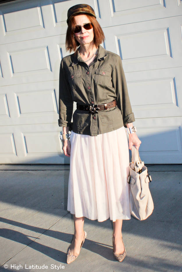 Street style blogger in layered mesh skirt and safari frock