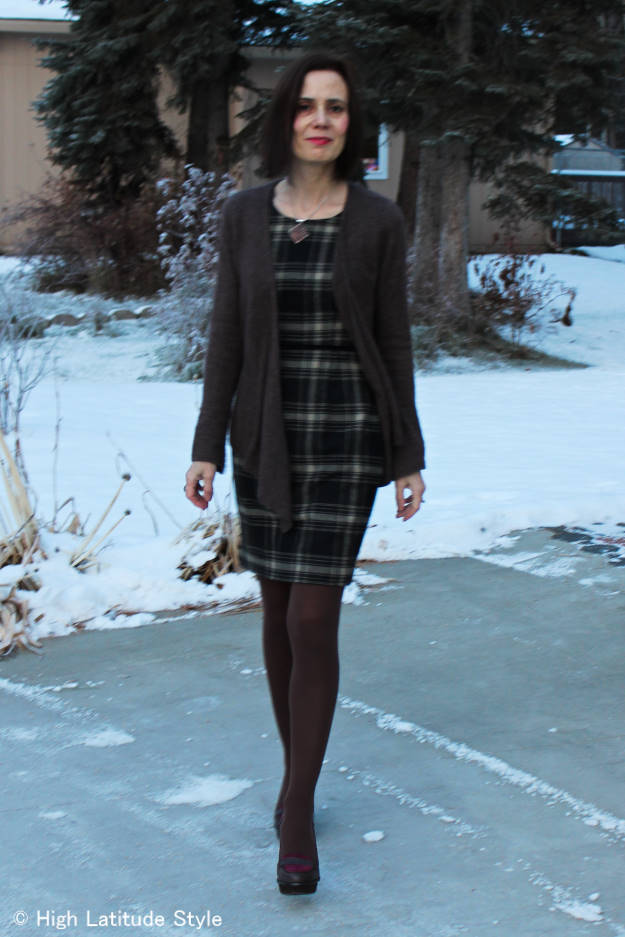 classic winter outfit fulfilling a business casual dress code expectations