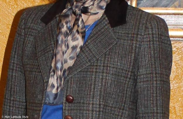 #accessoriesover50 Anne Klein leopard print scarf