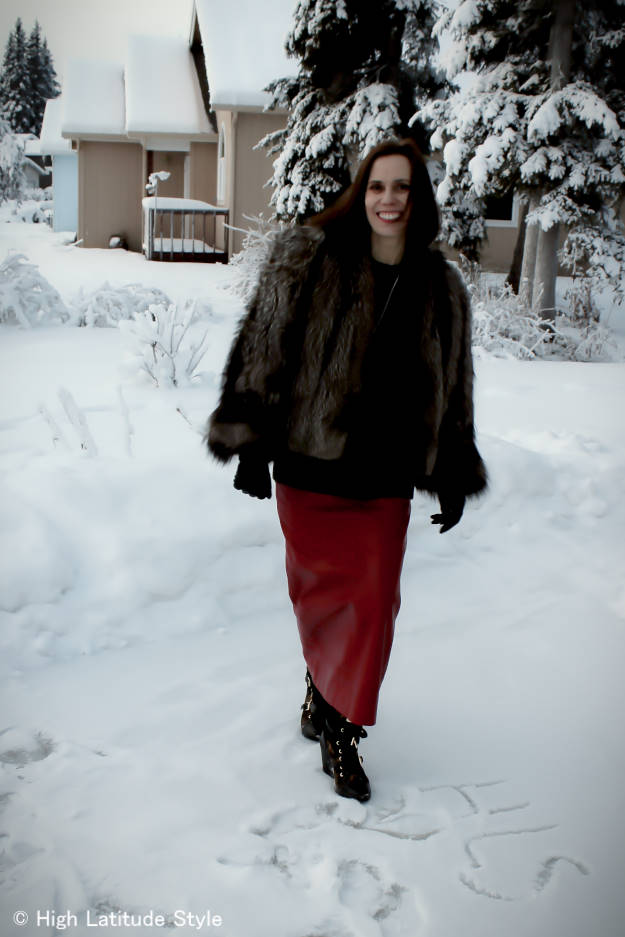 #over+40+fashion Casual winter look with long leather skirt