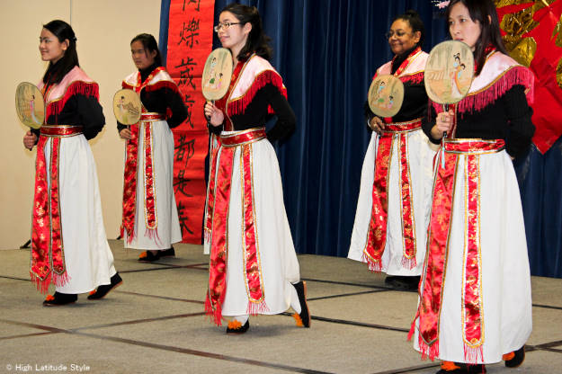Chinese traditional dance clothes for a van dance
