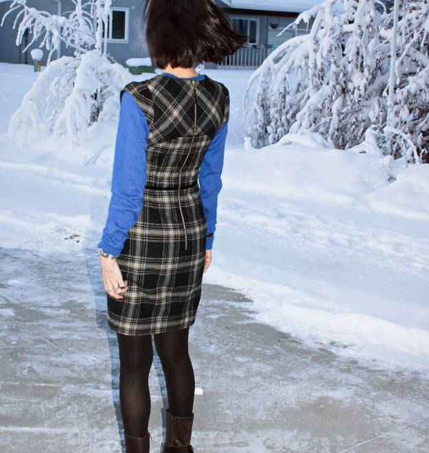 #over40 plaid sheath dress | High Latitude Style | http://www.highlatitudestyle.com